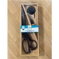 Black Dresmaking Scissor (30cm) Set With Tape Meausre And Seam Ripper
