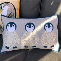 Delphine Brooks Cream Penguin Applique Cushion Kit: Instructions, FQ (4pcs) & Fabric (0.5m)