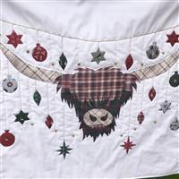 Delphine Brooks Christmas Tartan Highland Cow Wall Hanging Kit: Instructions & Fabric Panel
