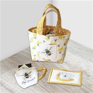 Amber Makes Busy Bee Mug Bag Kit: Instructions & Panel (70x103cm)