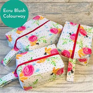 Living in Loveliness Beatrice Boxy Make Up Bag Kit Ecru Blush Riley Blake Floral : 2 x 0.5m Fabric & Pattern