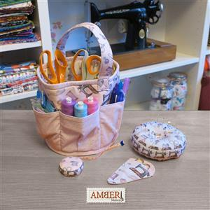 Amber Makes Vintage Sewing Craft Storage Set Kit - Instructions, Panel and Style-Vil (0.5m)