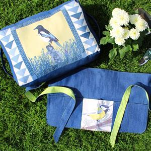 July Bird of the Month Wagtail Garden Set Kit: Instructions & Panel (140 x 42cm)