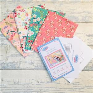 Living in Loveliness Fabulously Fast Fat Quarter Fun Issue 6 – Riley Blake option 1