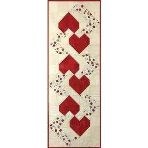 Village Fabrics Strawberry Hearts Table Runner Kit