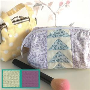 Riley Blake Anne of Green Gables Flying Geese Pouch Kit: Instructions, FQ, F8 & Fabric (0.5m)