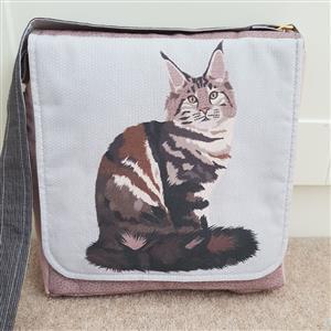 Maine Coon Cat Messenger Bag Kit: Instructions, Fabric Panel & Fabric (0.5m)
