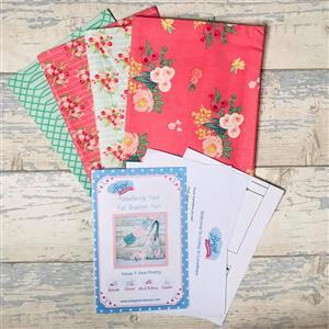 Living in Loveliness Fabulously Fast Fat Quarter Fun Issue 1 Riley Blake Opt 1